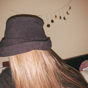 Super cute vintage soft hat!!